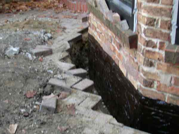 leaky basements can be fixed with exterior waterproofing