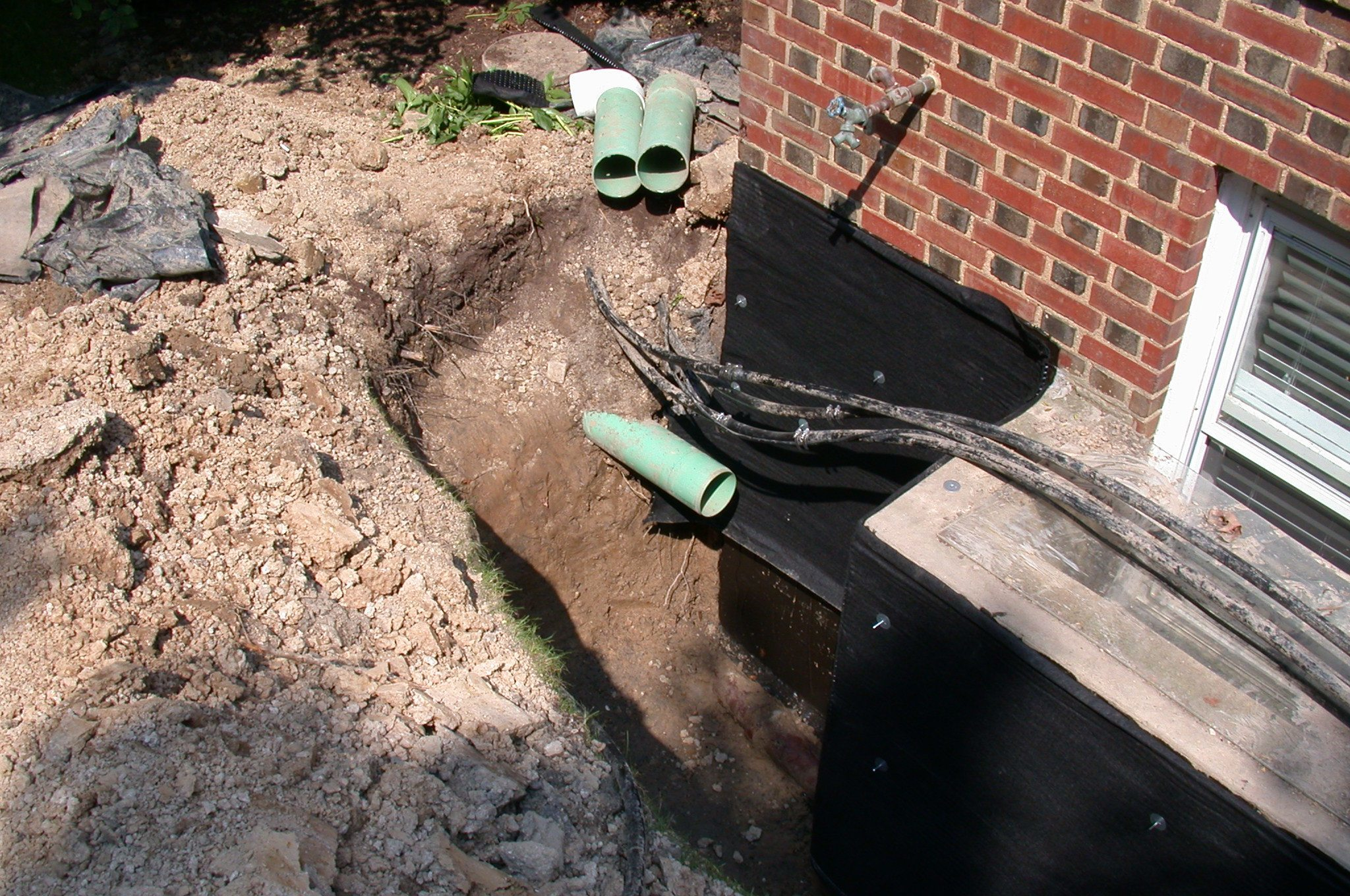 how to waterproof a basement on the outside
