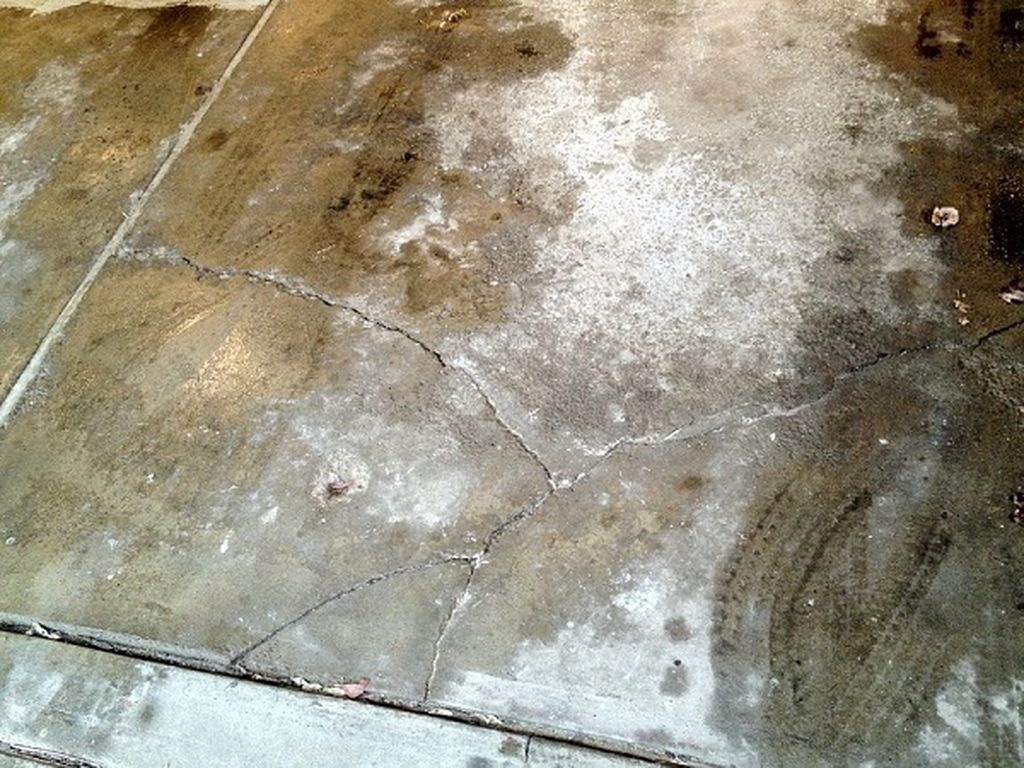 Seepage Problems That Require Waterproofing Inside. Basement ...